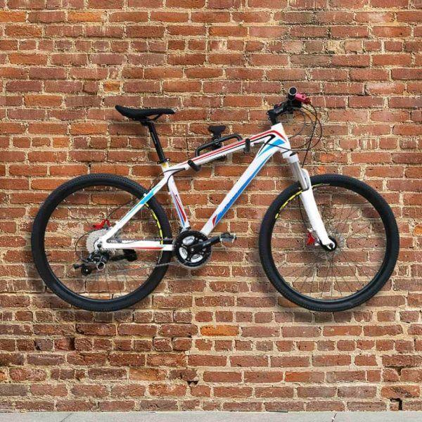 Bicicleta de montaje con gancho de bicicleta en pared para almacenamiento de bicicletas